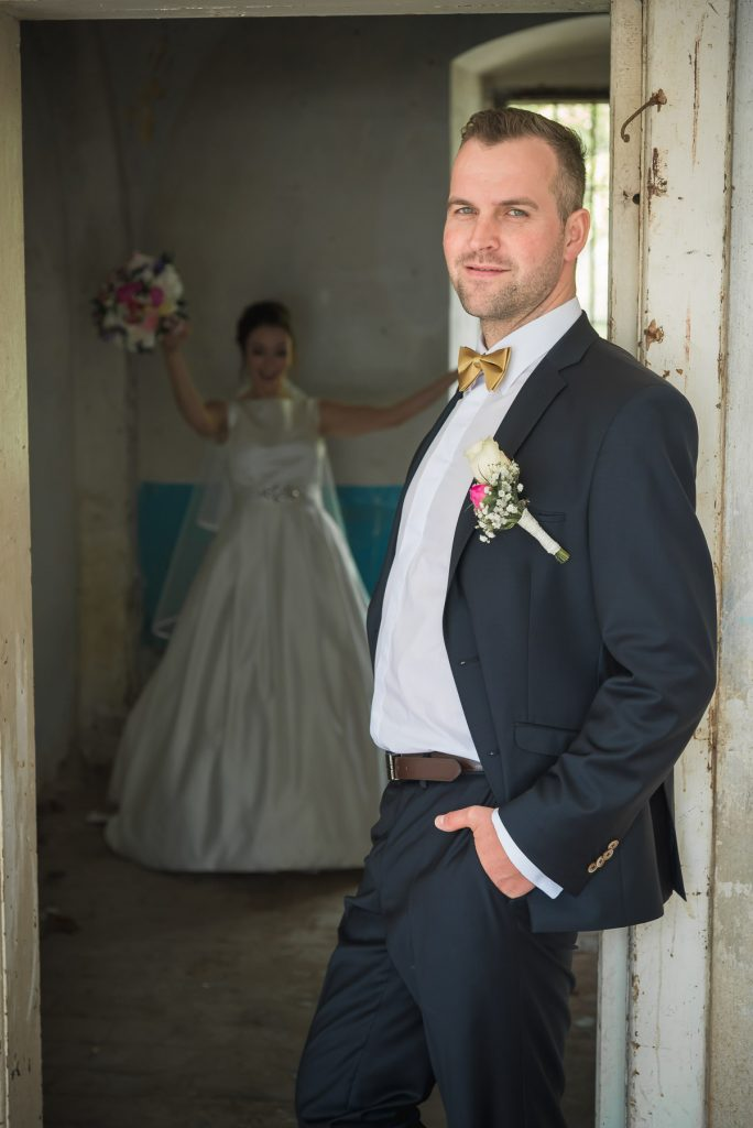 Kreatívny svadobný fotograf